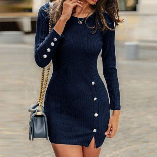 Vestido corto de manga larga  2