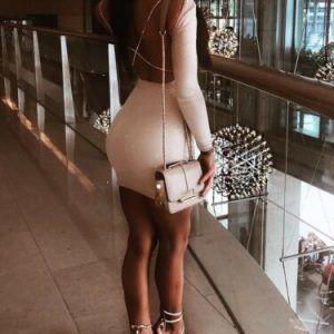 Vestido brillante de manga larga