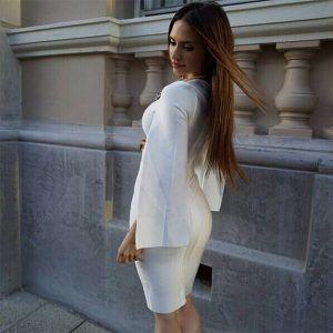 Vestido elegante de mangas
