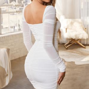 Vestido de manga larga plisado